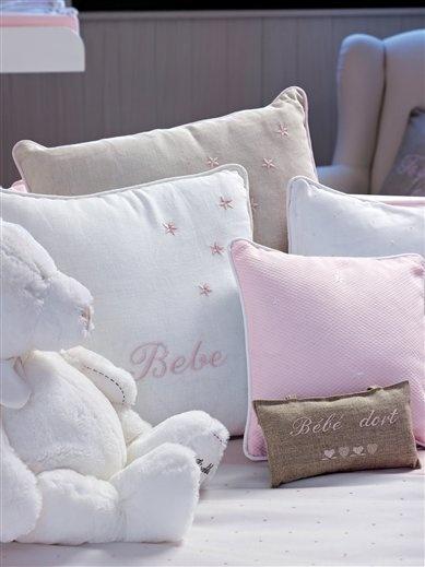 Cojines para la cama great dormitorio cojines ikea - Cojin para leer en la cama ikea ...
